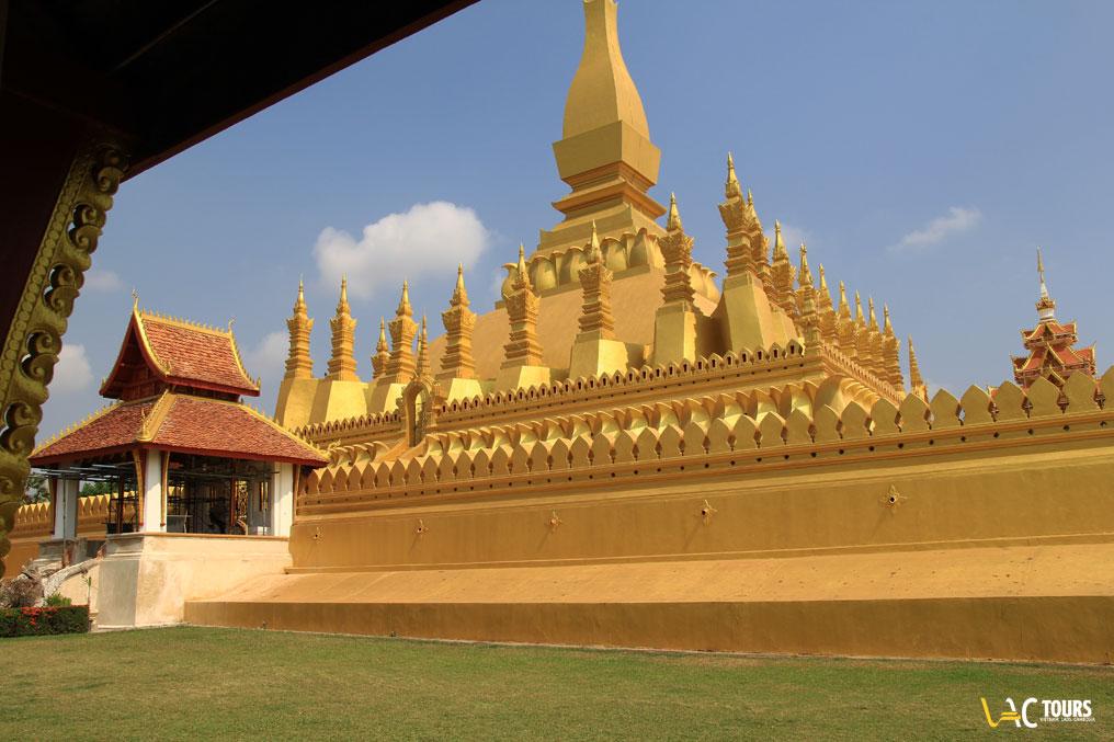 Tempio-in-Laos-Vactours